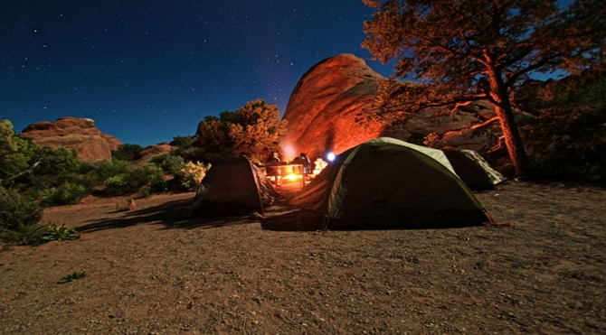 camping-arches-national-park-5733464781-800x533