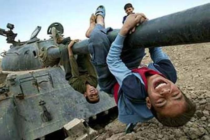 Tank Savaş Çocuk