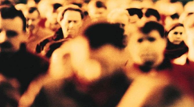 people-crowds-495x319