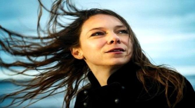 Hayallerinin peşinden giden bir özgür kız- Lhasa