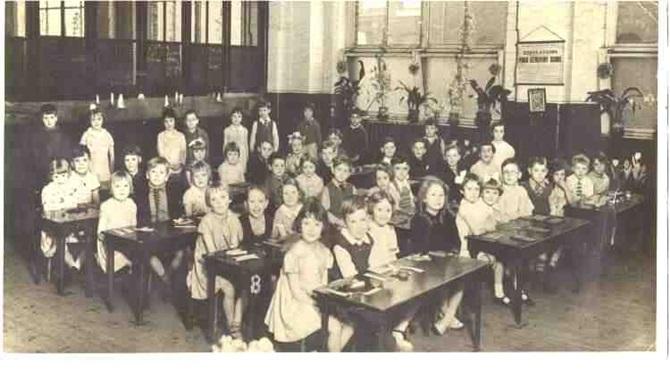 2RobatBradfordMemorialSchool19362