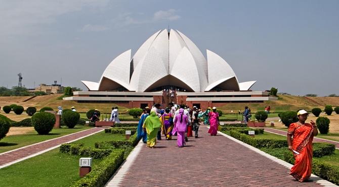 Bahai-house-of-worship-delhi
