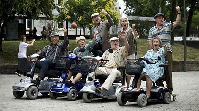 old people_yaşlı insanlar