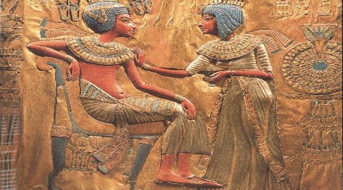 Tutankhamun ve Ankhesenamen  M.Ö. 3050-30