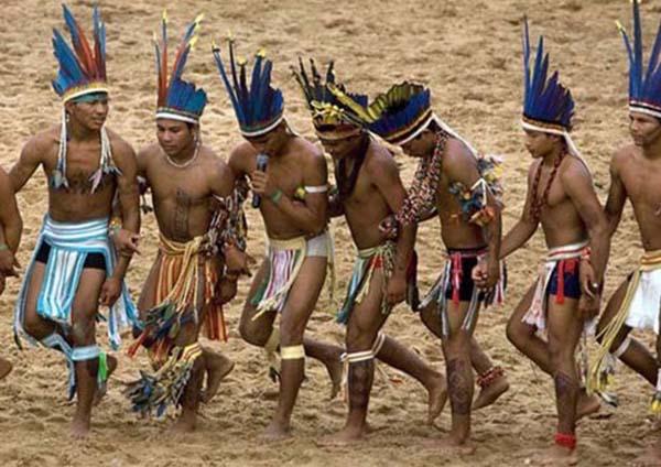 amazon yerlileri ritüel