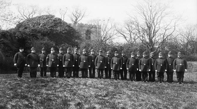 Polisiyenin Kısa Tarihi