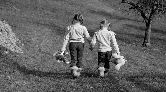 Farklı bir şey yapmak: Okula gitmeden büyümek