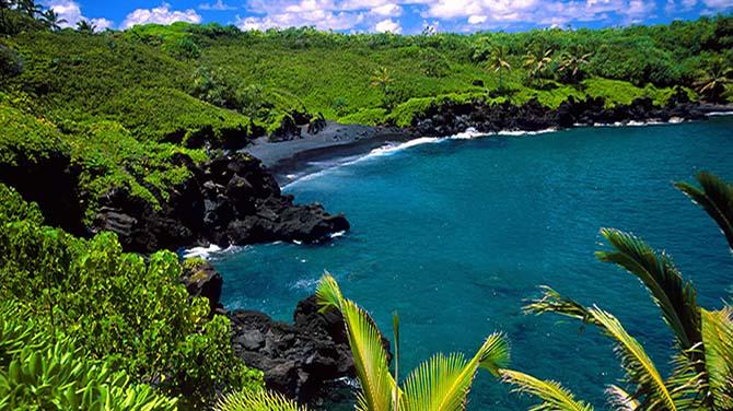 black-beach-hana-maui-hawaii