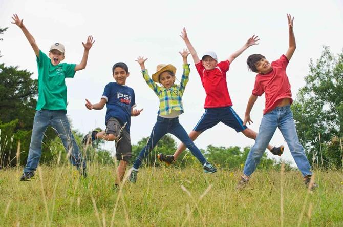 kids-play-free-retina
