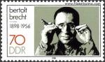 Bir Yaşam Ustası Bertolt Brecht