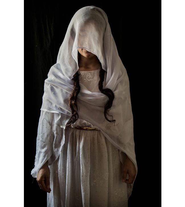 Syhan, 30.  Doğum yeri: Sincar bölgesindeki Kojo.  Kaçırıldığı tarih: 15 Ağustos 2014.  Esaret süresi: 10 ay.