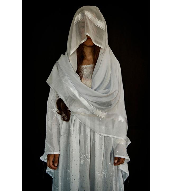 Delvin, 27 Doğum yeri: Sincar bölgesindeki Kojo.  Kaçırıldığı tarih: 15 Ağustos 2014  Esaret süresi: 4 ay.