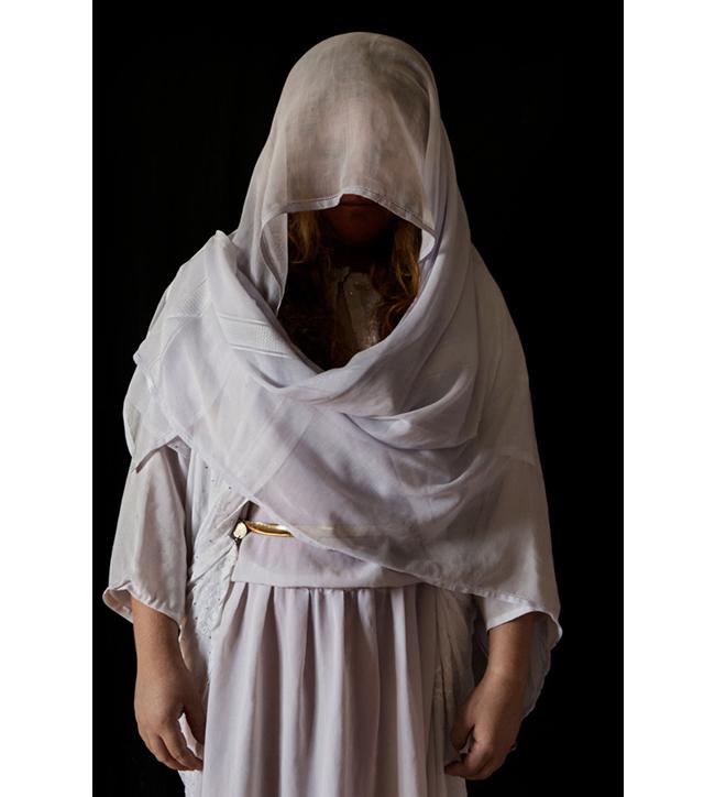 Muna, 18 Doğum yeri: Sincar bölgesindeki Kojo.  Kaçırıldığı tarih: 15 Ağustos 2014  Esaret süresi: 4 ay.