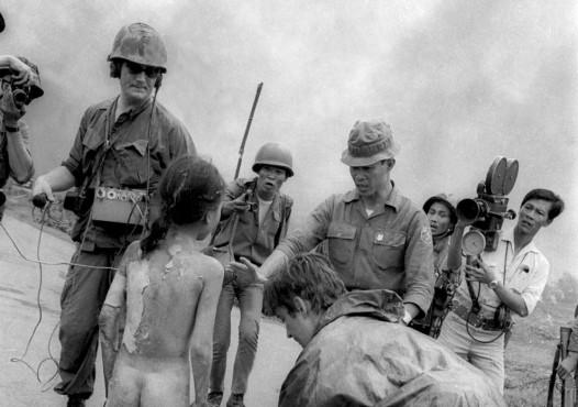 Napalm bombasından sonra, Vietnam, 1972
