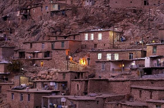İran'da_Masalsı_Bir_Köy_Palangan_2