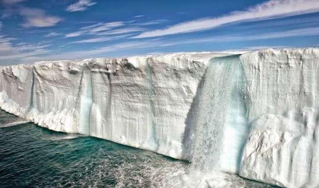 Svalbard, Norveç'te yükselen sıcaklıklar ekolojiyi ciddi derecede etkiliyor.
