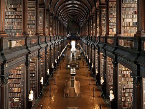 Dünyanın-Etkileyici-23-Kütüphanesi-3