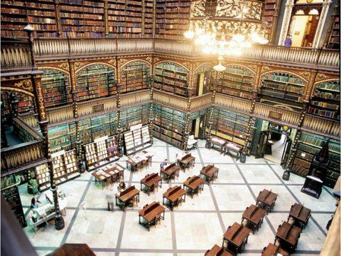 Dünyanın-Etkileyici-23-Kütüphanesi-12