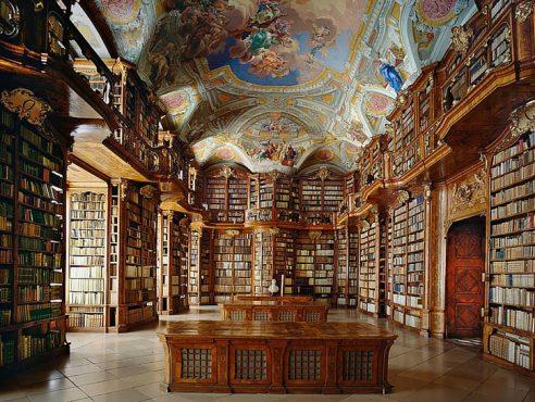 Dünyanın-Etkileyici-23-Kütüphanesi-6
